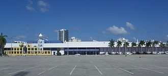 330px-Miami_Beach_FL_Convention_Center01